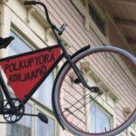 COMUNIDADES SUSTENTABLES EN FINLANDIA: RECOLECTANDO FRESAS EN KATAJAMAKI