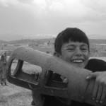 SESIÓN DE FOTOS EN EL CEMENTERIO MILITAR DE CHAGHCHARAN