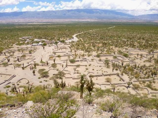 vista de las ruinas de quilmes