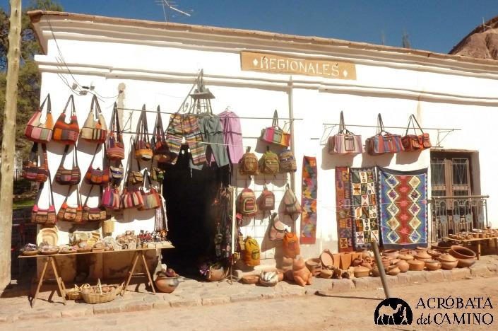 artesanias en purmamarca