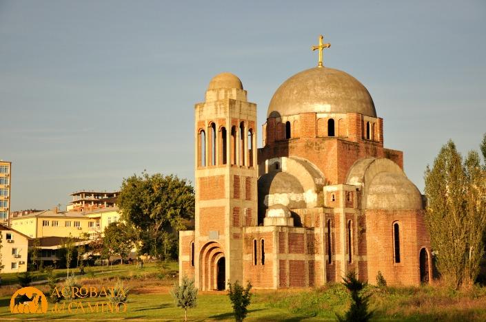 iglesia serbia de pristina