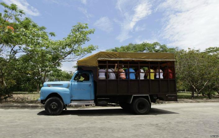 camiones cubanos