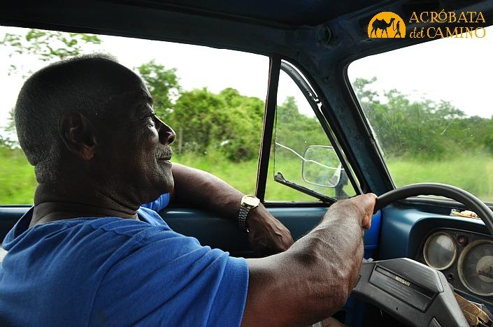 conductor-cubano