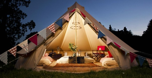 qu es el glamping. Black Bedroom Furniture Sets. Home Design Ideas