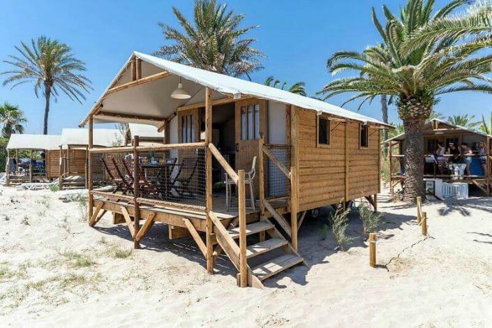 Cabaña en la playa en Gavina.