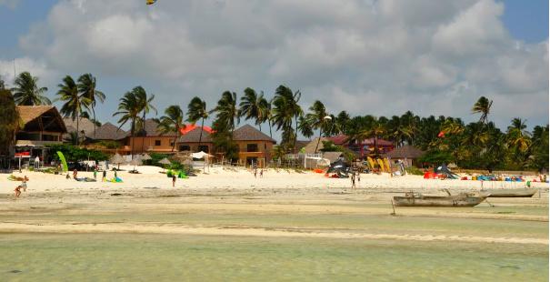 playas de zanzibar con aguas cristalinas