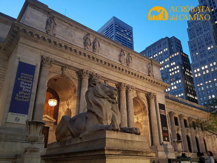 leones de la bilbioteca publica de nueva york