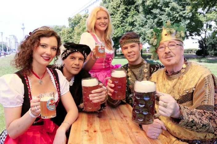 viajar a berlin festival de cerveza