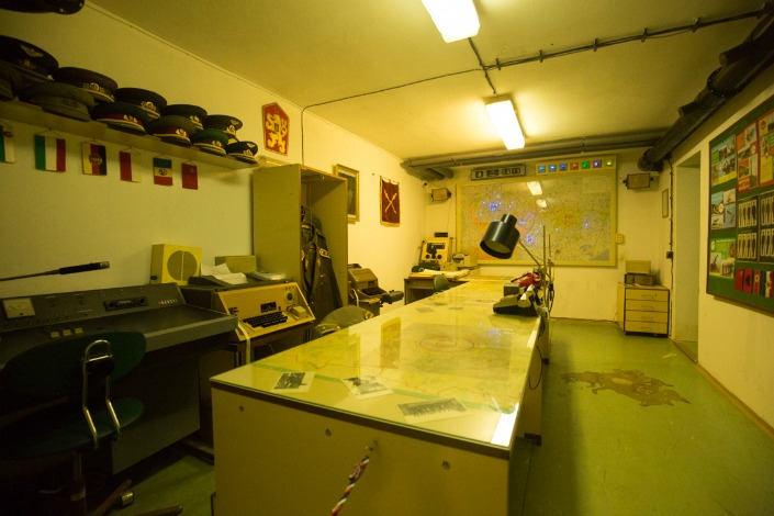 sala de mapas del bunker nuclear del hotel jalta en praga