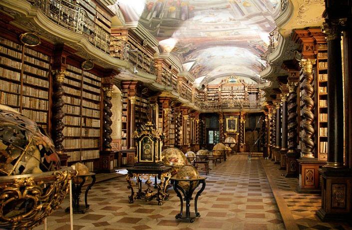 praga en 3 días biblioteca clementinum