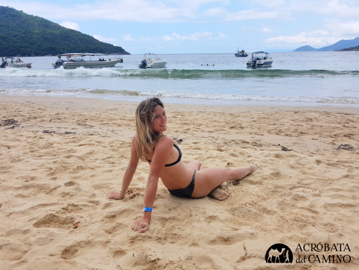 Chica rubia en ilha grande