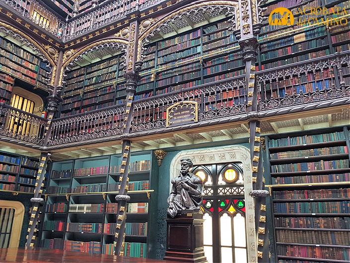 biblioteca antigua en rio de janeiro