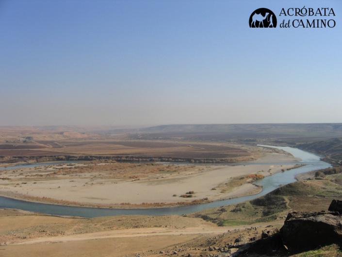 rio tigris y el desierto en siria