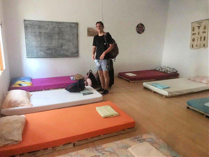 habitaciones hostel shkolla vuno