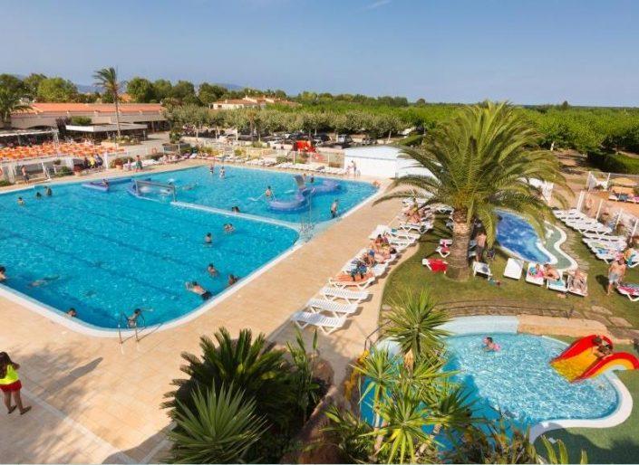 camping con piscina en Girona